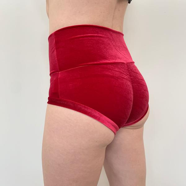 Basic Short Taille H. Velours Rouge